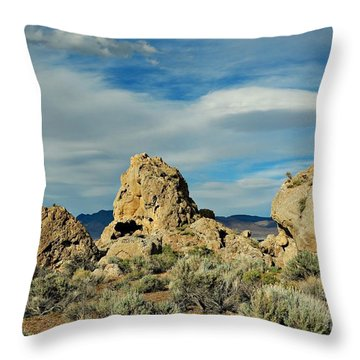 Throw Pillow featuring the photograph Rock Formations At Pyramid Lake by Benanne Stiens