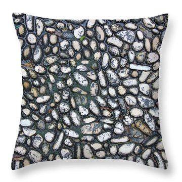Rocky Beach 2 Throw Pillow