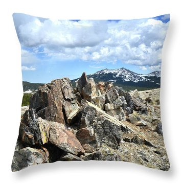 Rocky Crest At Big Horn Pass Throw Pillow