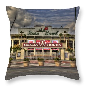 Rose Bowl Hdr Throw Pillow
