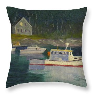 Round Pond Fading Light Throw Pillow