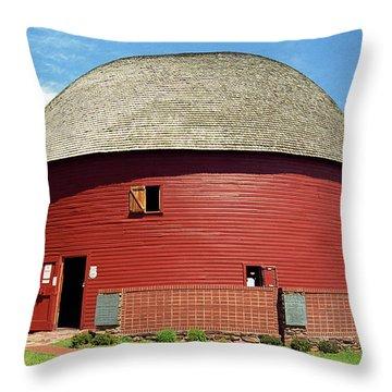 Route 66 - Round Barn Throw Pillow