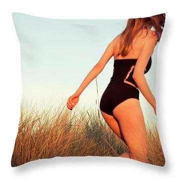 Running Unsharp In The Golden Hour Throw Pillow