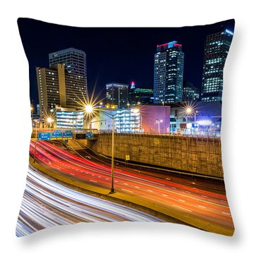 Rush Hour In Hartford, Ct Throw Pillow