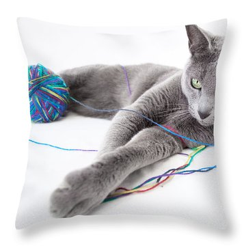 Cat Eyes Throw Pillows