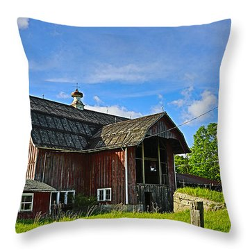 Throw Pillow featuring the photograph Rustic Barn In The Catskills by Paula Porterfield-Izzo