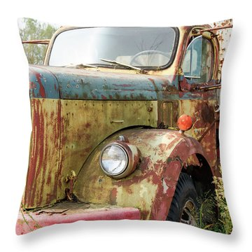 Rusty And Crusty Reo Truck Throw Pillow