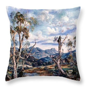 Rwetyepme, Mount Sonda Central Australia Throw Pillow
