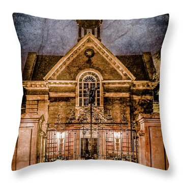 Oxford, England - Saint Hugh's Throw Pillow