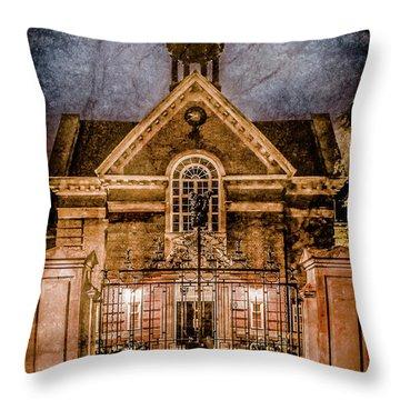 Oxford, England - Saint Hugh's Throw Pillow