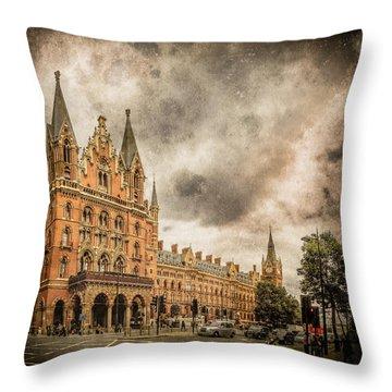London, England - Saint Pancras Station Throw Pillow