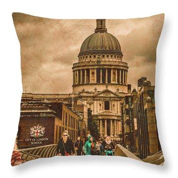 London, England - Saint Paul's In The City Throw Pillow