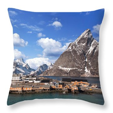 Sakrisoy Throw Pillow