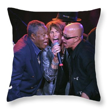 Sam Moore, Steven Tyler And Paul Schaffer Throw Pillow