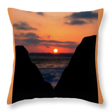 San Clemente Beach Rock View Sunset Portrait Throw Pillow