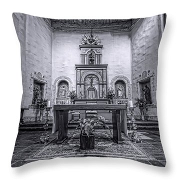San Diego De Alcala Altar - Bw Throw Pillow