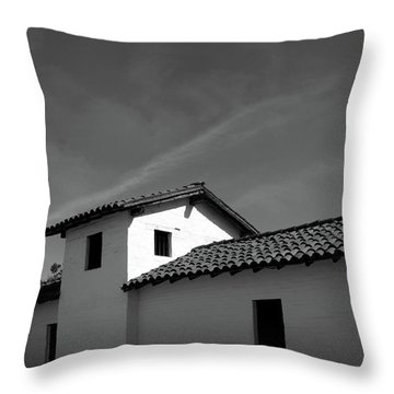 Santa Barbara Presidio 2- Photograph By Linda Woods Throw Pillow