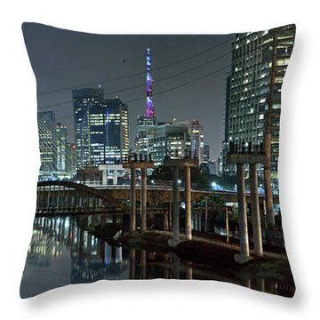 Sao Paulo Bridges - 3 Generations Together Throw Pillow