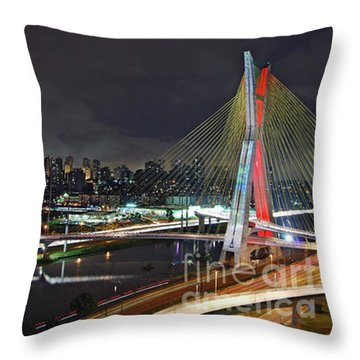 Sao Paulo Skyline - Ponte Estaiada Octavio Frias De Oliveira Wit Throw Pillow
