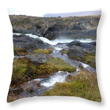 Scenic Intersection Throw Pillow