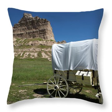 Scotts Bluff National Monument Nebraska Throw Pillow