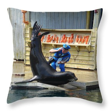 Sea Lion Show Throw Pillow