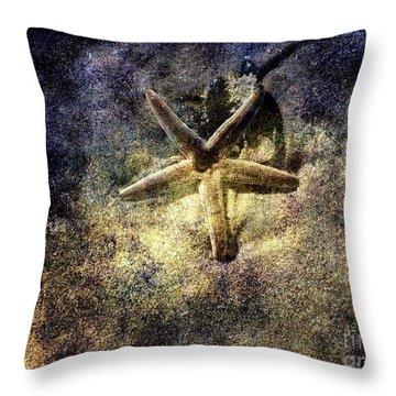 Sea Star Throw Pillow by Susanne Van Hulst