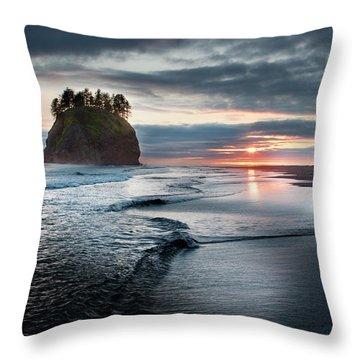 Second Beach #1 Throw Pillow