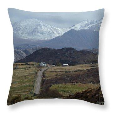 An Teallach - Wester Ross Throw Pillow