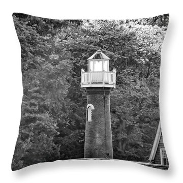 Throw Pillow featuring the photograph Sedgely Club - Turtle Rock Lighthouse by Bill Cannon