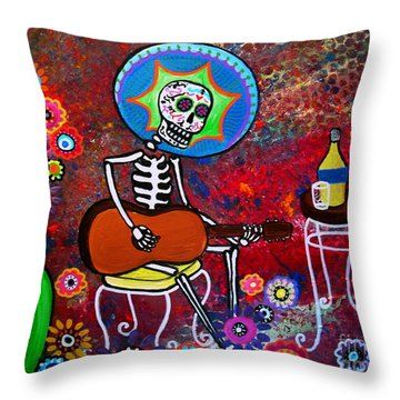 Serenata II Throw Pillow