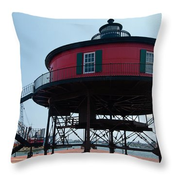 Seven-foot Knoll Lighthouse Throw Pillow