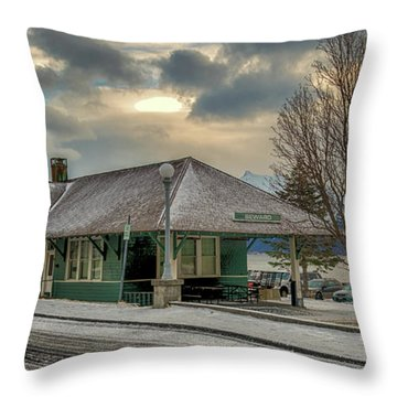 Seward Alaska 2017 Throw Pillow