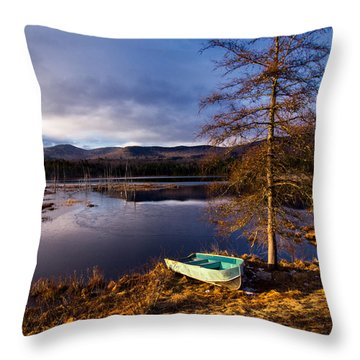 Shaw Pond Sunrise Throw Pillow