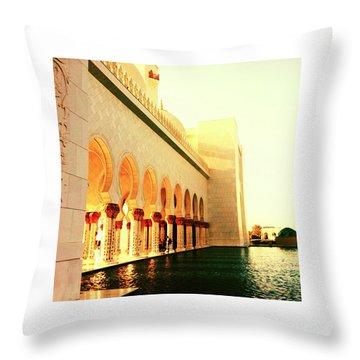 Sheikh Zayed Mosque  Throw Pillow