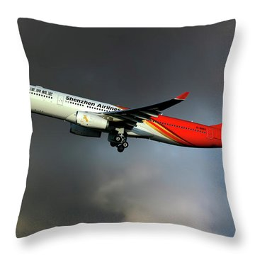 Shenzhen Airlines Throw Pillows