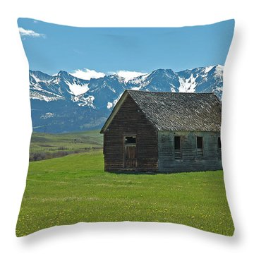 Shields Valley Abandoned Farm Ranch House Throw Pillow