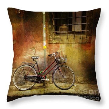 Throw Pillow featuring the photograph Siena Bicycle by Craig J Satterlee