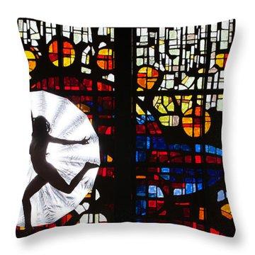 Silhouette 321 Throw Pillow