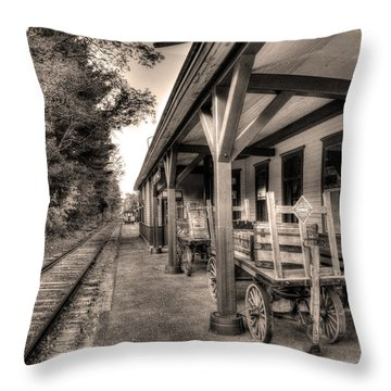 Silver Lake Rail Road 253 Throw Pillow
