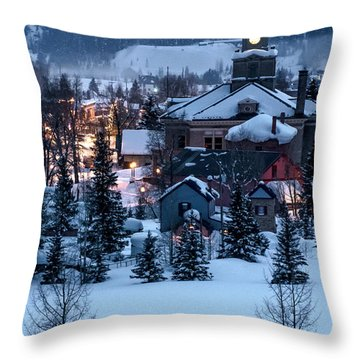 Silverton At Night Throw Pillow
