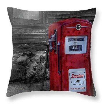 Throw Pillow featuring the photograph Sinclair Gas Pump Sc by Susan Candelario