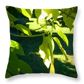 Single Angel's Trumpet Throw Pillow