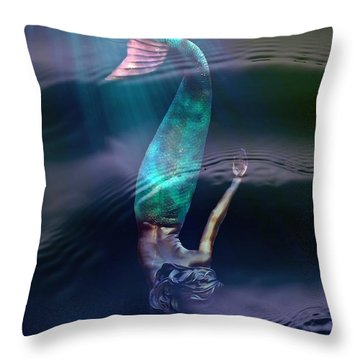 Sirena Throw Pillow