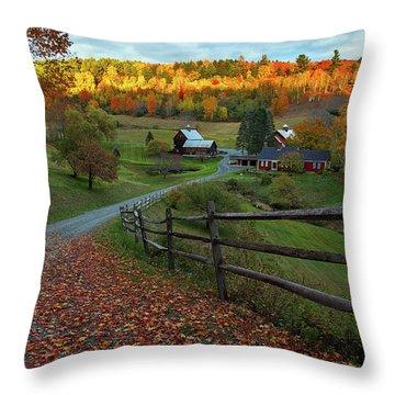 Sleepy Hollow Farm- Pomfret Vt Throw Pillow