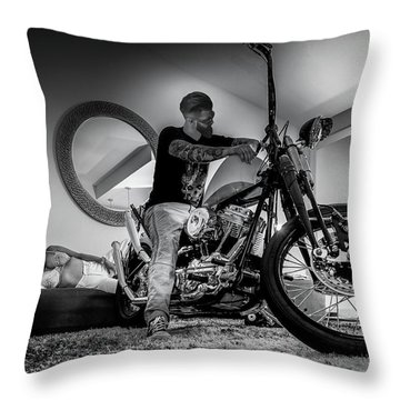 Smile Of Approval- Throw Pillow