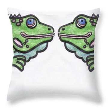Smiley Iguanas Throw Pillow