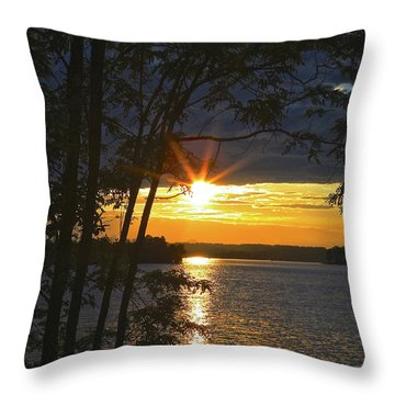 Smith Mountain Lake Summer Sunet Throw Pillow