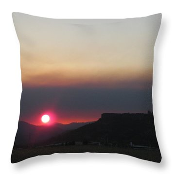 Throw Pillow featuring the photograph Smoky Sunset Near Table Rock by Marie Neder