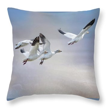 Throw Pillow featuring the photograph Snow Geese In Flight by Bonnie Barry